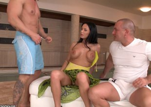 Bootylicious black-haired senorita gets into a threesome session