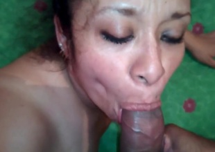 Mexican wife has sex and a facial