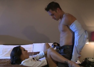 Asa Akira is in heat in steamy oral action with hot dude