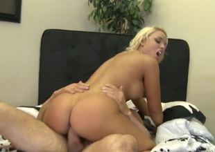 Peter North is horny as hell and can't wait any longer to pound dangerously horny Alexis Monroes mouth
