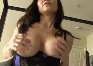Tara POV - Mommy Helps