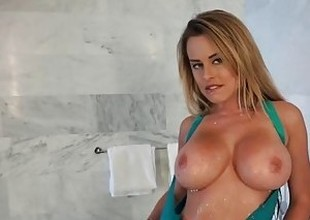 Mofos - Teen gets wet and naughty