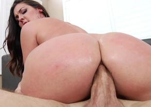 Big assed Brittany Shae got ass screwed