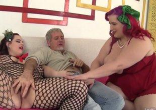 BBWs Eliza Allure and Jordan Luxx share a cock